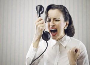 femme_stress_telephone